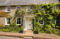 Book a stay in one of our Houses